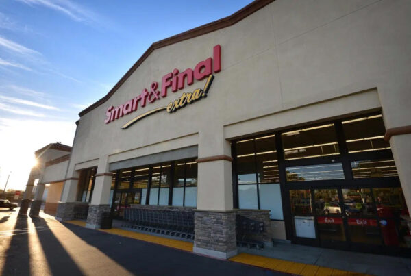 Smart & Final to be acquired by Bodega Latina for $620 million